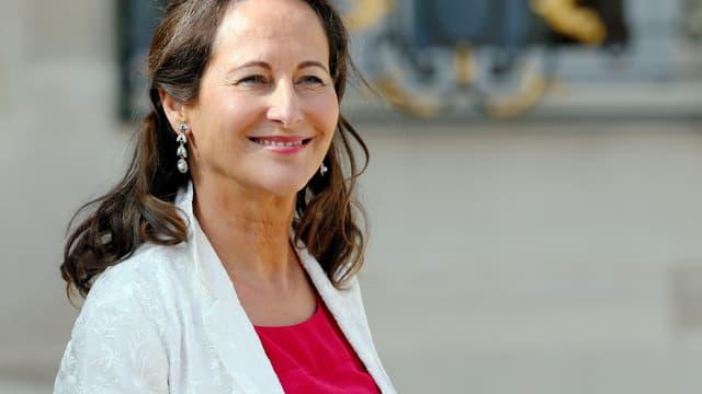 Ségolène Royal a assuré qu'il n'y aura pas d'exploitation du gaz de schiste en France tant qu'elle sera ministre.