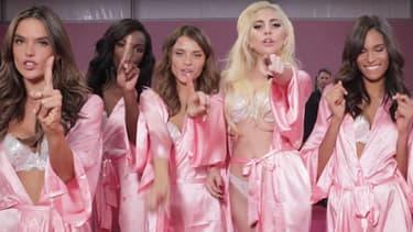 Lady Gaga et les Anges de Victoria's Secret