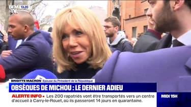 """Obsèques de Michou: Brigitte Macron salue """"le prince de Montmartre"""""""
