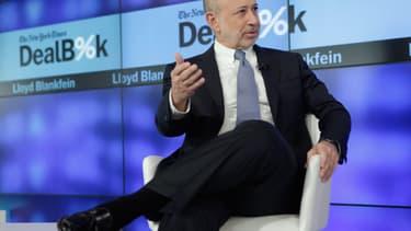 Lloyd Blankfein, patron de Goldman Sachs, veut transformer la pestigieuse banque en première société high tech de la finance. Pour cela, il veut embaucher tous les diplômés promis a des carrières chez Apple ou Google.