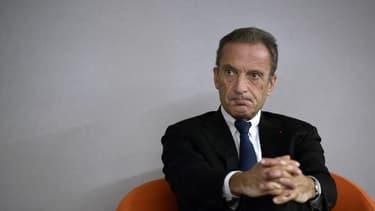 """Pour Henri Proglio, les sociétés en question n'ont """"pas de lien avec le développement de l'énergie nucléaire au niveau militaire'."""