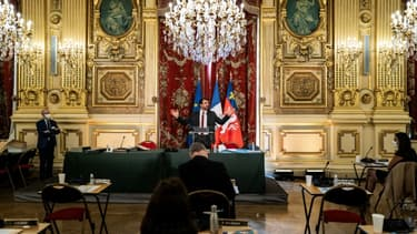 Grégory Doucet, premier maire écologiste à diriger la mairie de Lyon (D) s'exprime le 4 juillet 2020 à Lyon