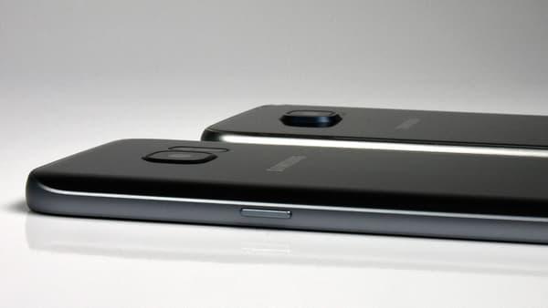 Le Galaxy S7 devant le Galaxy S6