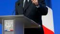 Au lendemain du sommet de crise réuni à l'Elysée, Nicolas Sarkozy a défendu jeudi la nécessité urgente de faire baisser le coût du travail en France, indiquant qu'il s'agissait d'arrêter une véritable hémorragie de l'industrie du pays. /Photo prise le 19