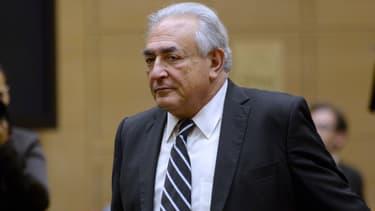 L'ancien chef du FMI, Dominique Strauss-Kahn, est poursuivi pour proxénétisme aggravé
