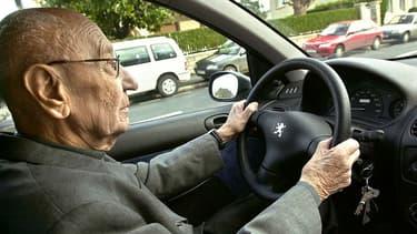 Le débat sur la conduite des personnes âgées revient à chaque fait divers.