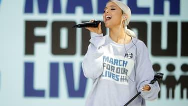Ariana Grande en concert durant la manifestation anti-armes à feu à Washington