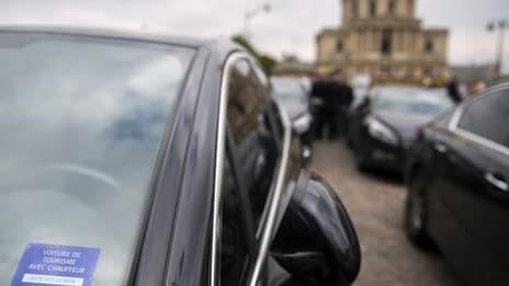 Uber, intermédiaire entre les VTC et les clients, va devoir communiquer le prix total de la course au moment où le client réserve la voiture.