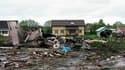 Au moins 44 personnes ont été tuées et huit ont été blessées lundi soir lors de l'atterrissage d'un avion dans un épais brouillard dans le nord de la Russie. L'avion russe Tupolev-134 s'est écrasé près d'une route à 1km de la piste d'atterrissage de l'aér