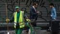 """Pendant un mois, au petit matin, il a suivi les agents de la propreté de la ville de Paris - """"Picards,Guyanais,Marocains ou Algériens"""" - pour leur tirer le portrait"""