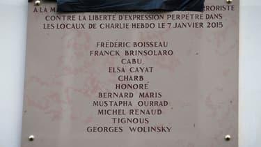 La plaque commémorative comportait une erreur au nom de Georges Wolinski.