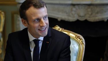 Emmanuel Macron se rendra mardi au Vatican pour rencontrer le pape François