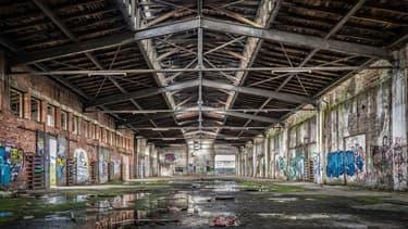 Illustration d'une usine à l'abandon