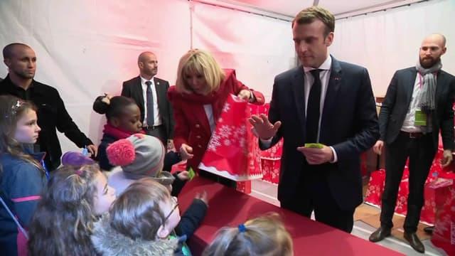 Emmanuel Macron et son épouse Brigitte Macron à la manufacture des Gobelins.
