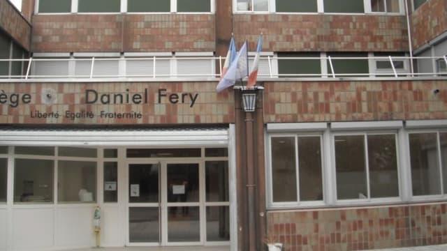 Un élève du collège Daniel Féry à Limeil-Brévannes (Val-de-Marne) a été interpellé pour l'agression de la chef d'établissement.