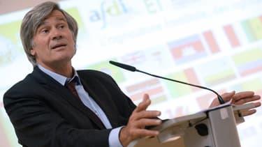 Stéphane Le Foll a annoncé un total de 290 millions d'euros d'aides aux éleveurs.