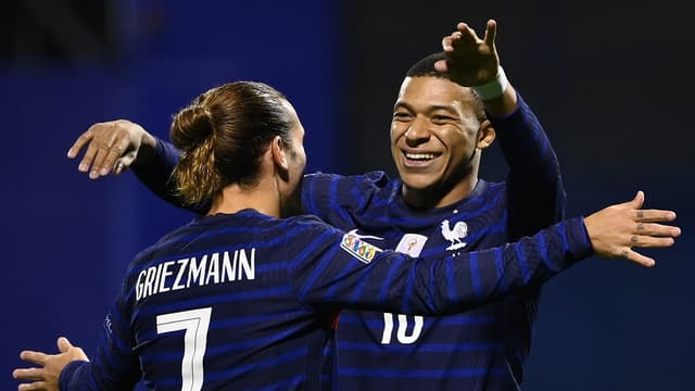 Mbappé avec Griezmann en équipe de France