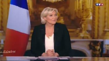 Marine Le Pen invitée du journal de 20h de TF1 le 18 avril 2017.