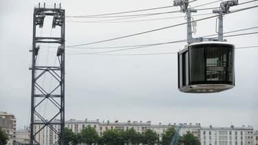 Le téléphérique met 3 minutes pour relier les deux rives de la ville de Brest.