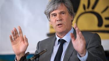 Stéphane Le Foll n'accepte pas la retraite chapeau de Philippe Varin.