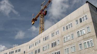 """Avec 64.200 logements commencés l'an dernier, """"le cumul des ouvertures de chantiers sur 12 mois s'approche du niveau maximum observé depuis 15 ans."""