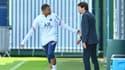 Kylian Mbappé et Leonardo au Camp des Loges, à Saint-Germain-en-Laye le 28 août 2021