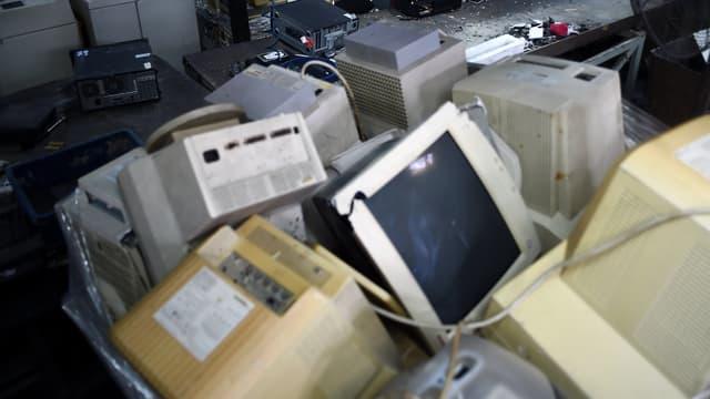 Des déchets électroniques traités dans un centre malaisien. (photo d'illustration)