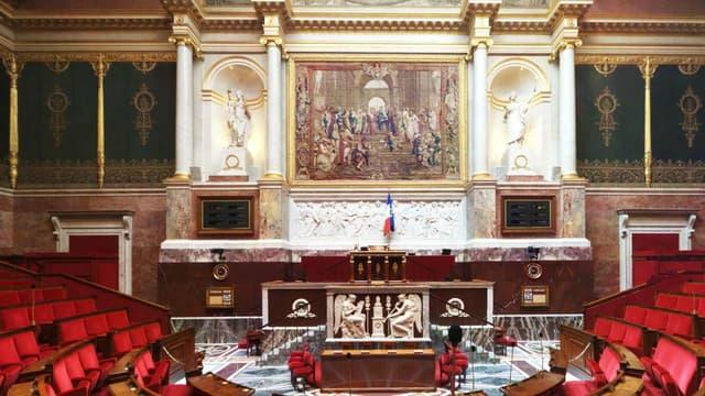 A 89 voix contre 64, les députés ont voté la fin des allégements fiscaux et sociaux sur les heures supplémentaires.