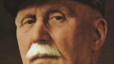 D'un statut de héros de la Première guerre mondiale, le maréchal Pétain est devenu le symbole de la collaboration. Mais à Belrain, son nom est resté sur une plaque de rue.