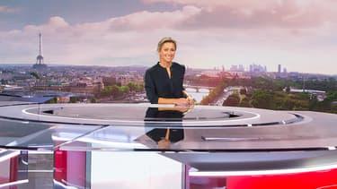 Anne-Sophie Lapix sur le plateau de 20 h de France 2.