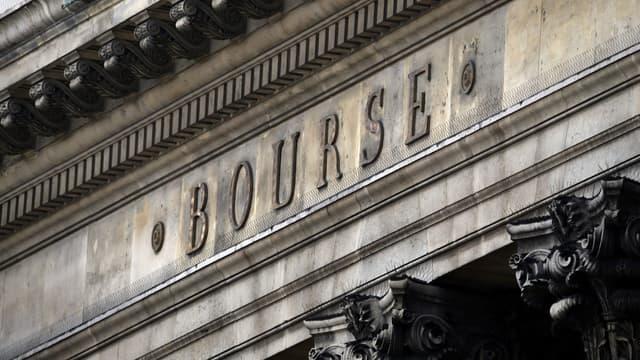 La Bourse de Paris a dépassé son niveau d'avant sa dégringolade de lundi.