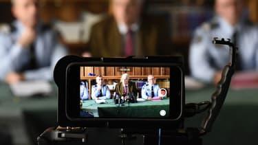 Les procureurs sont les seuls magistrats autorisés à s'exprimer sur une enquête en cours.