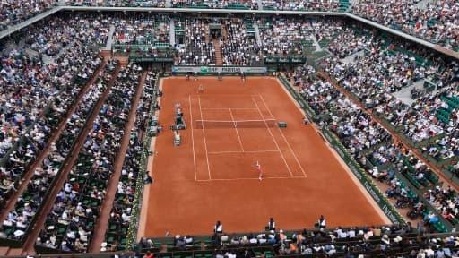 La Fédération Française de Tennis table sur 2017 pour que le nouveau cours soit opérationnel.