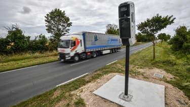 Un radar tourelle installé à La Rochelle en juin 2019