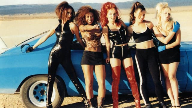 """Les Spice Girls dans le clip """"Say you'll be there"""""""
