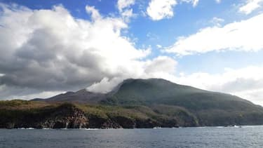 L'île de Kuchinoerabu, dans le sud-ouest du Japon, le 14 novembre 2014