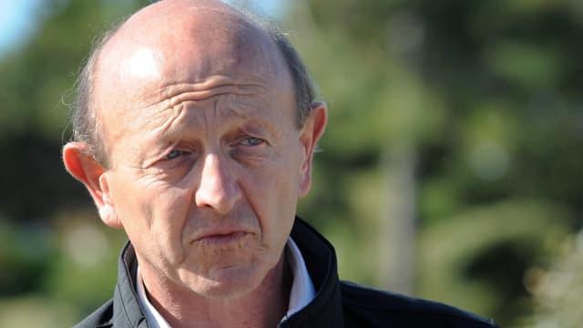 """L'eurodéputé anciennement Modem veut créer son parti, le """"Front démocrate""""."""