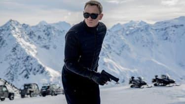 """Le tournage du film """"Spectre"""", dans lequel Daniel Craig interprète pour la quatrième fois le rôle de James Bond, a été entaché par les graves blessures de deux cascadeurs, en Autriche. Leurs jours ne sont toutefois pas en danger."""