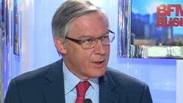 Christian Noyer, gouverneur de la Banque de France, voit l'avenir en légèrement plus positif