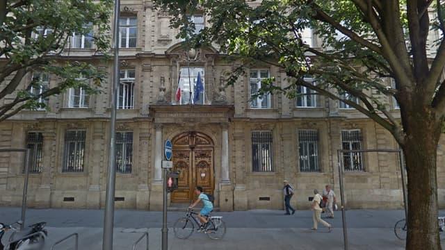 Des élèves du lycée Michel de Montaigne à Bordeaux sont à l'origine de cette marche.