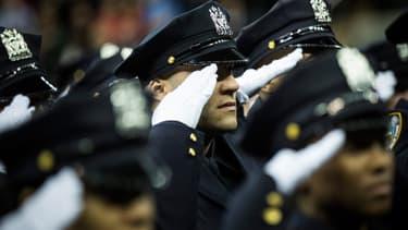 Le New York Police District proteste contre le maire de la grosse pomme, après les déclarations de ce dernier sur les bavures policières et l'assassinat de deux d'entre eux.