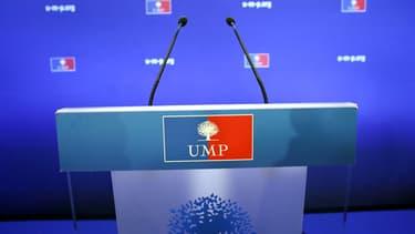 Tribune vide au siège de l'UMP, en novembre 2012.