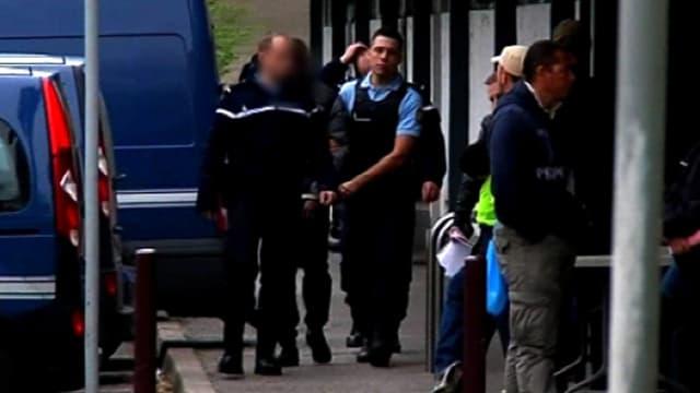 Douze suspects sont renvoyés devant les assises pour le meurtre de Kevin et Sofiane en 2012 à Échirolles, en Isère.
