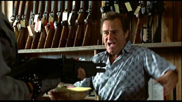 Dick Miller dans Terminator