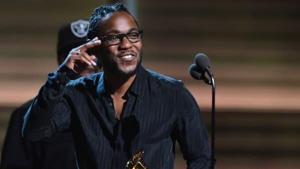 Kendrick Lamar lors des Grammy Awards en février 2016
