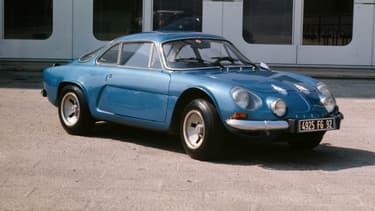 L'A110, celle qui a construit la légende Alpine, est sortie en 1962.