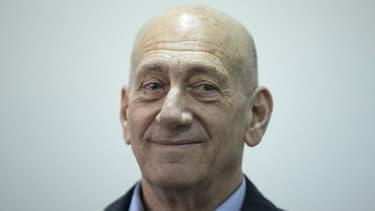 L'ancien Premier ministre Ehud Olmert à la Court de justice de Jerusalem le 30 mars 2015