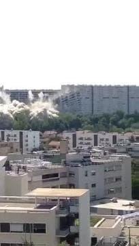 Destruction de la barre 230 à Lyon - Témoins BFMTV