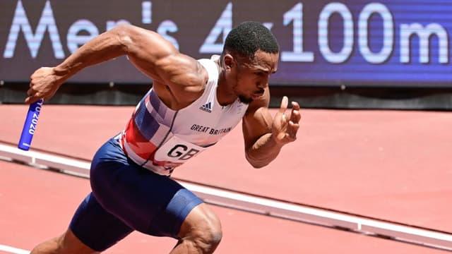 Le sprinter britannique Chijindu Ujah lors des séries du relais 4x100 m des JO de Tokyo, le 5 août 2021
