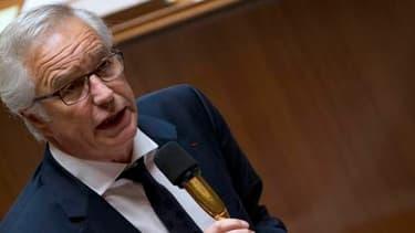 François Rebsamen veut arriver à moins de 3 millions de chômeurs d'ici trois ans.